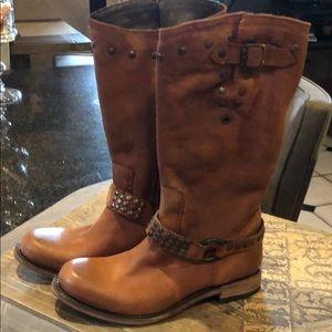 Liberty Black Vegas Faggio Boot sz 7 Brn NWT